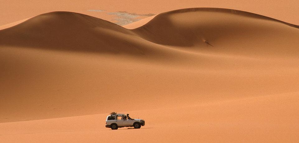 Agence Zériba-Voyage à Djanet (Algérie). Circuit 4x4 dans le désert Tadrart, Tassili...