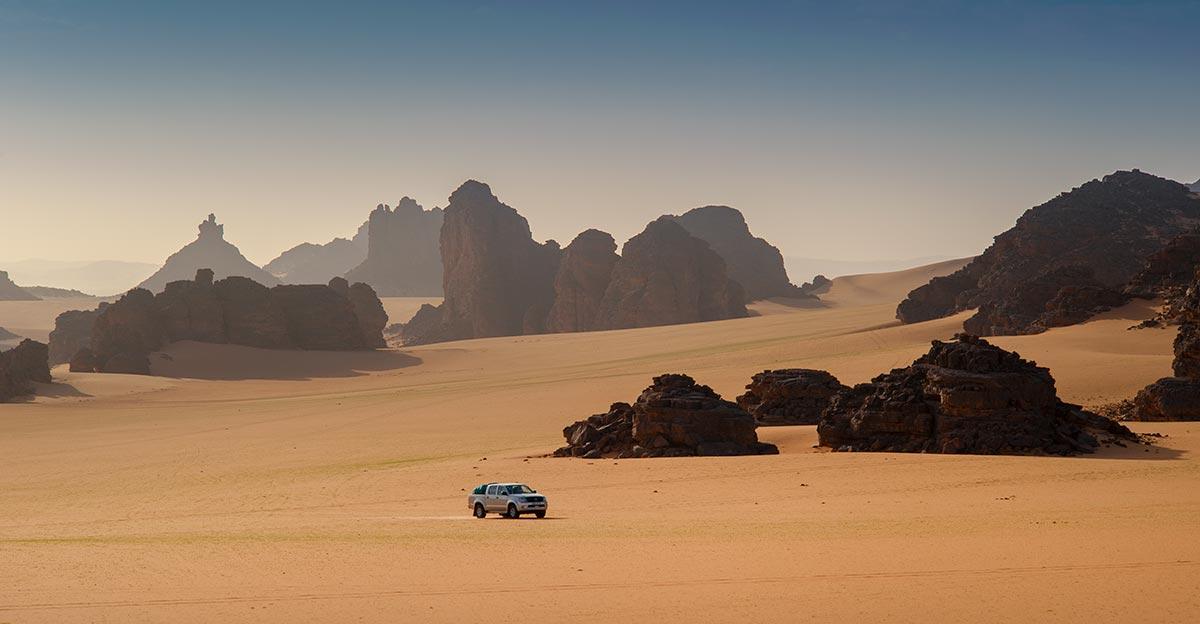 4x4-zeriba-voyage-tadrart-sahara-desert