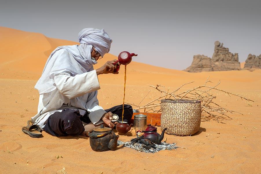 Tadrart-desert-Sahara-zeriba-voyage