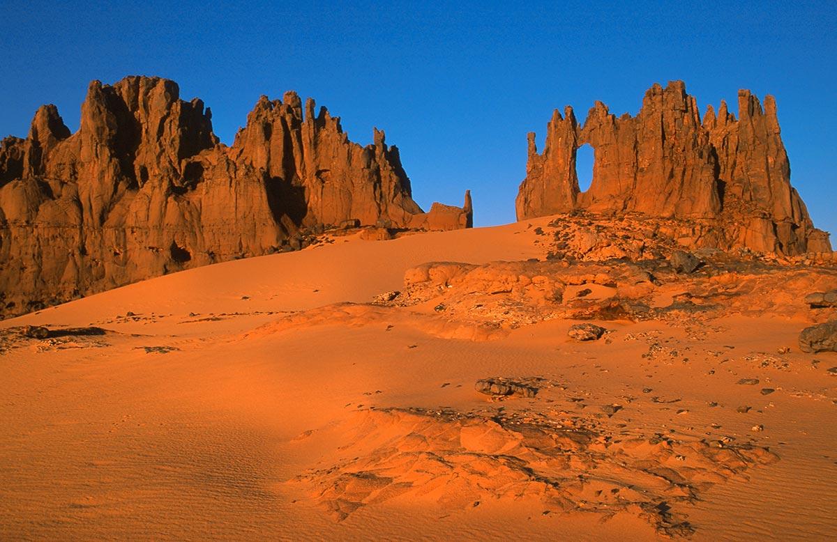 Tamanrassert-Djanet-Tassili-Hoggar-Sahara-desert